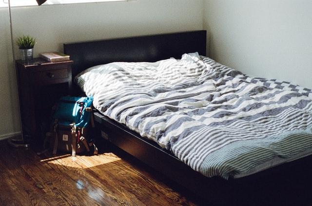 Mi cama suena: Por qué hace ruido el somier